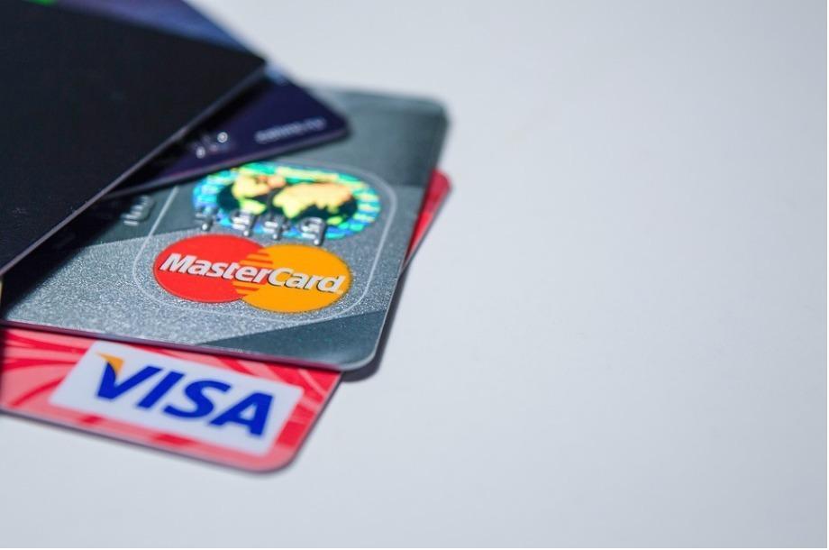 tarjetas de crédito, efectivo