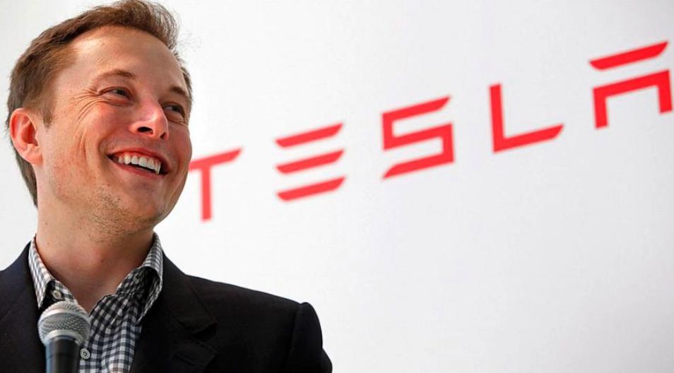 Tesla fabricará impresoras de moléculas para ayudar en búsqueda de vacuna contra COVID