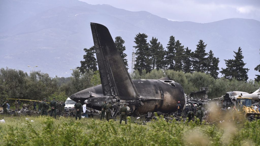 accidente de avion militar argelia
