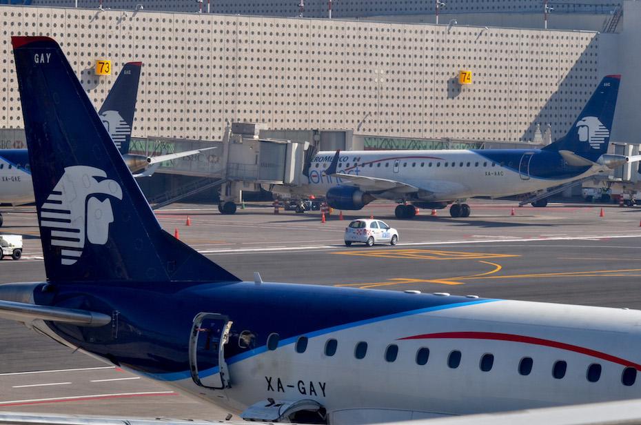 Corte de EU autoriza a Aeroméxico a despedir e indemnizar a más de 700 sobrecargos