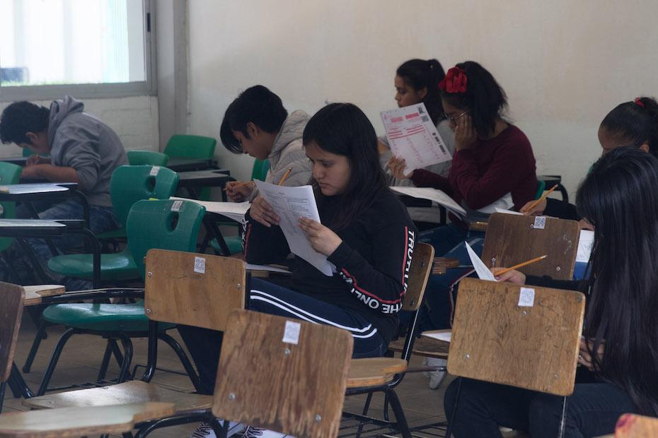Alumnos que presenten examen Comipems deberán portar obligatoriamente cubrebocas y careta