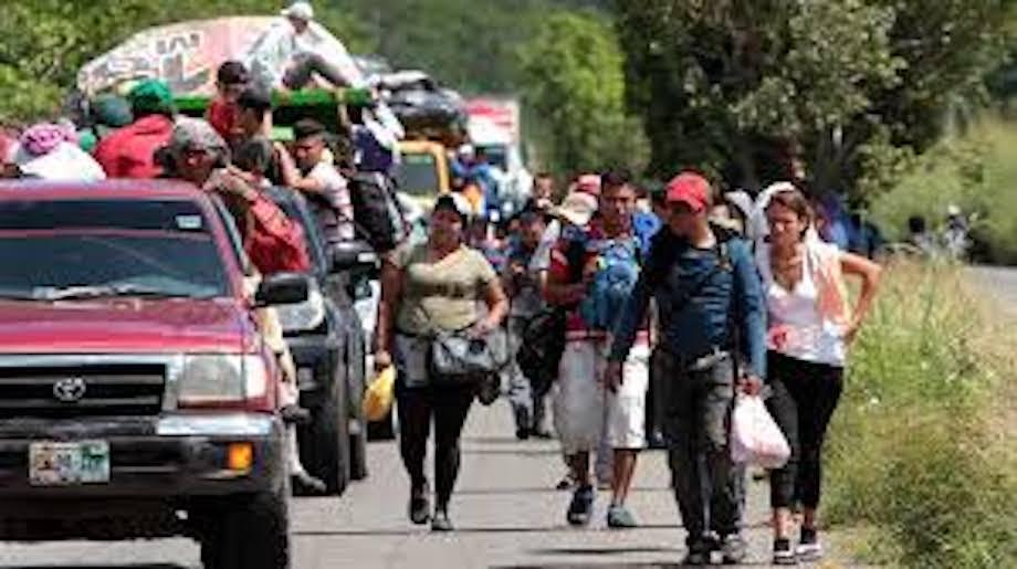 García Cabeza de Vaca responde sobre centros de detención a migrantes