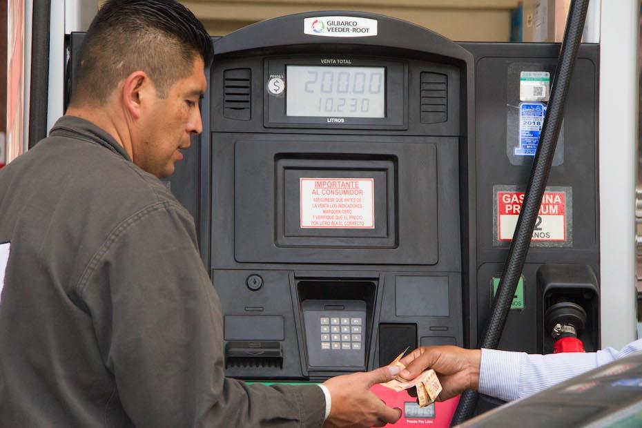 Precio de gasolinas no ha subido, afirma Profeco