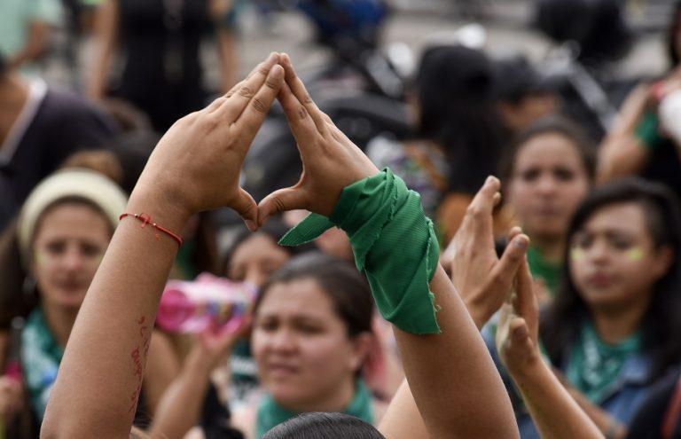 CDMX aprueba que mujeres puedan abortar hasta las 20 semanas… en casos de violación
