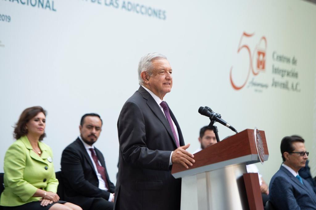 AMLO afirma que se invertirá en infraestructura para atender adicciones