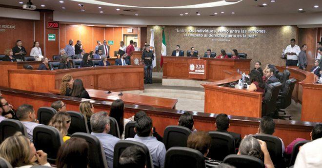 Diputados de Morena en el Congreso local de Baja California promovieron una consulta popular con la que buscan avalar la ampliación de mandato del gobernador morenista electo a pesar de su falta de sustento legal.