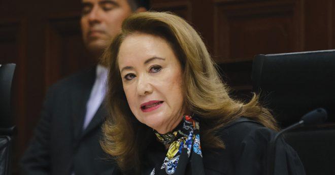 Juan Luis González Alcantara y Yasmín Esquivel Mossa son dos ministros de la Suprema Corte de Justicia de la Nación que fueron propuestos por el presidente Andrés Manuel López Obrador.