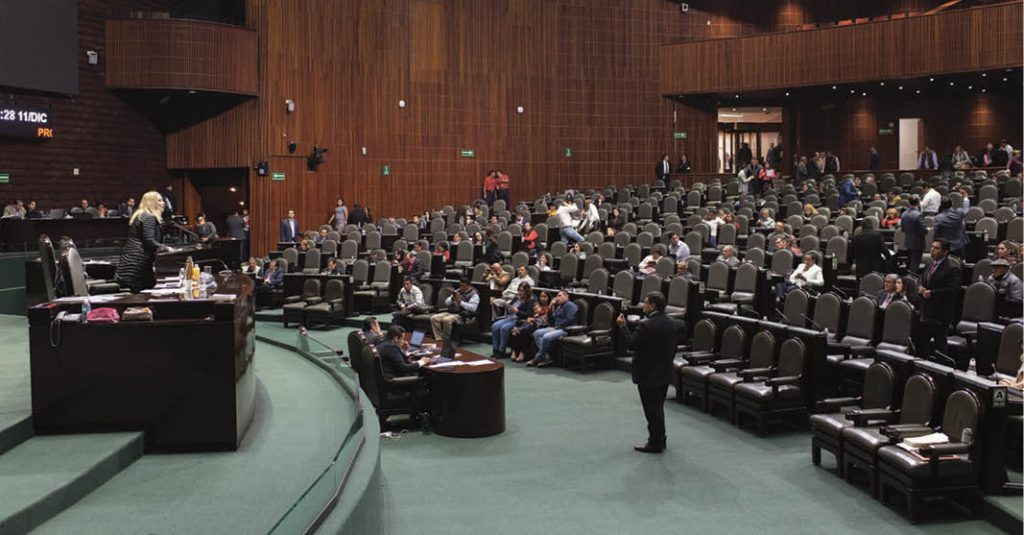 la Ley de Amnistía fue ampliamente criticada por su falta de garantías constitucionales