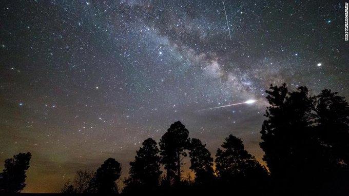 Lluvia de meteoros del cometa Halley alcanza su punto máximo esta semana