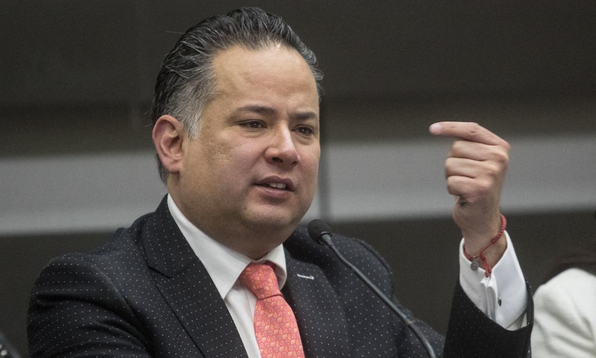 Con nuevas pruebas, UIF amplía denuncia ante FGR contra Cabeza de Vaca: Santiago Nieto