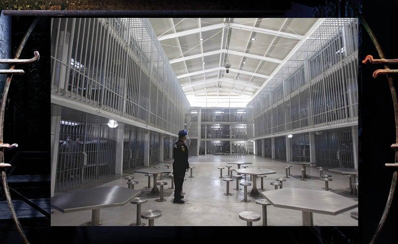 Las cárceles privadas son una alternativa que se adoptó en el sexenio de Felipe Calderón