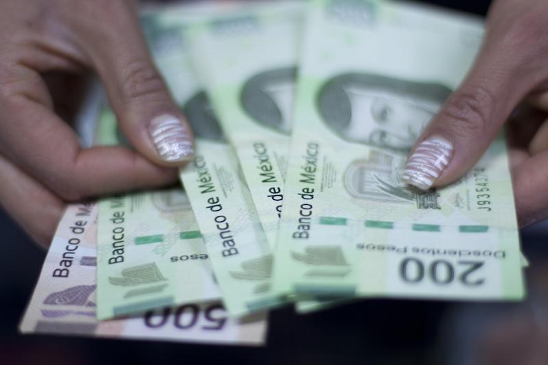 FMI mejora de 3.5% a 4.3% pronóstico de crecimiento económico para México en 2021