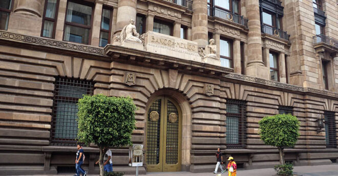 En una decisión dividida, los miembros de la Junta de Gobierno de Banxico mantuvieron sin cambios la tasa de interés