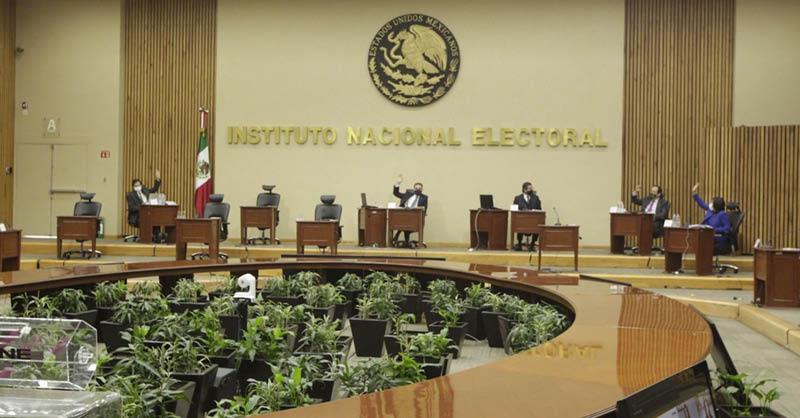 El diputado de Morena Ignacio Mier dijo que el INE está tomando partido al 'censurar' al presidente