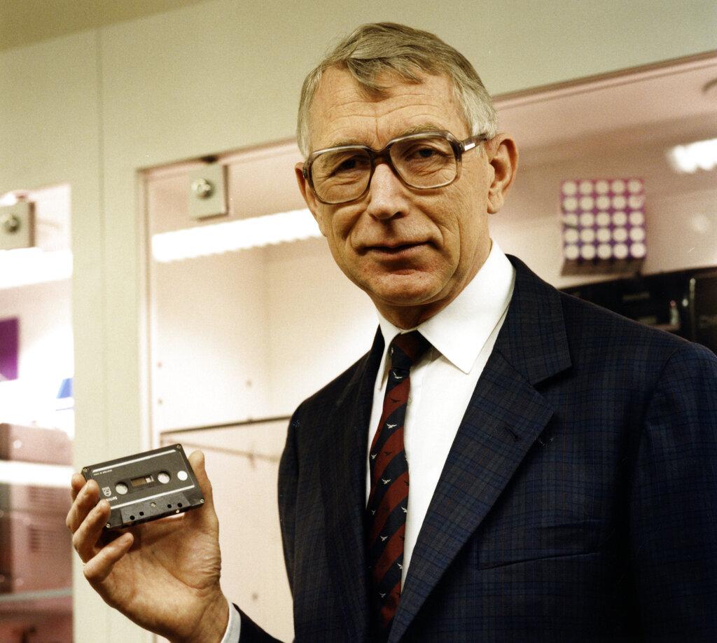 Golpe a la nostalgia: Fallece Lou Ottens, el inventor del popular casete de audio