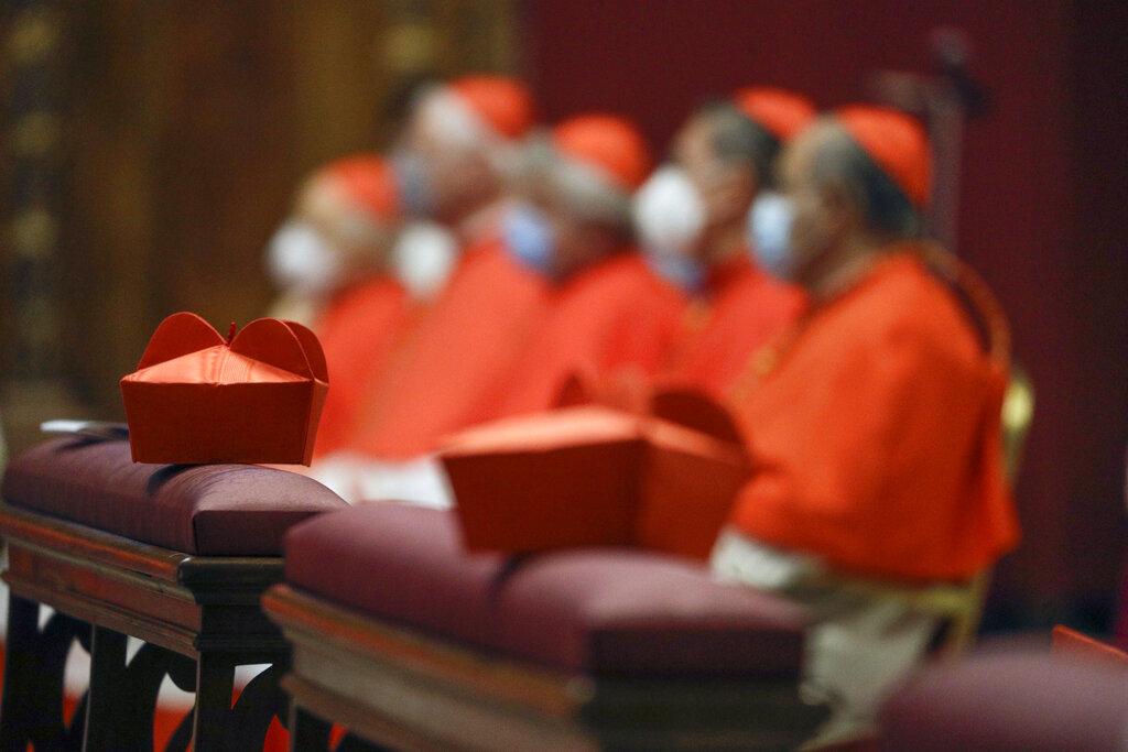 Crisis pega al Vaticano: el papa recorta salarios para clérigos y monjas de Roma