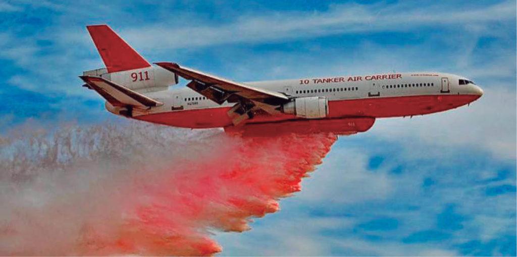 Jaime Rodríguez presumió que el avión DC-10 ayudaría a apagar el incendio en Santiago.