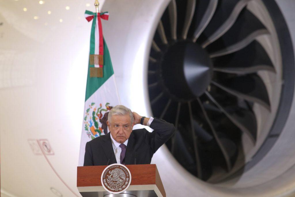No podemos rematar el avión presidencial; ahorramos más no usándolo: AMLO