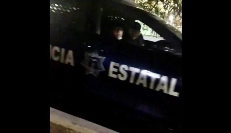 """""""¿Cuál es tu número?"""": policías acosan y persiguen a mujeres en calles de Villahermosa"""