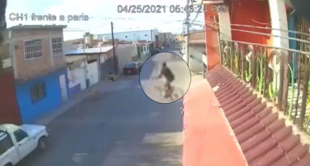 """Indignante: sujeto prende fuego a """"Estercita"""", mujer indigente de la tercera edad, en Celaya"""