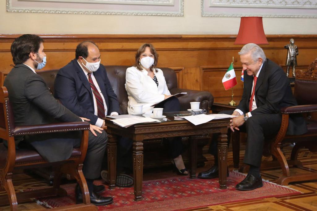 AMLO conversa con Miguel Díaz-Canel; le agradece apoyo en pandemia