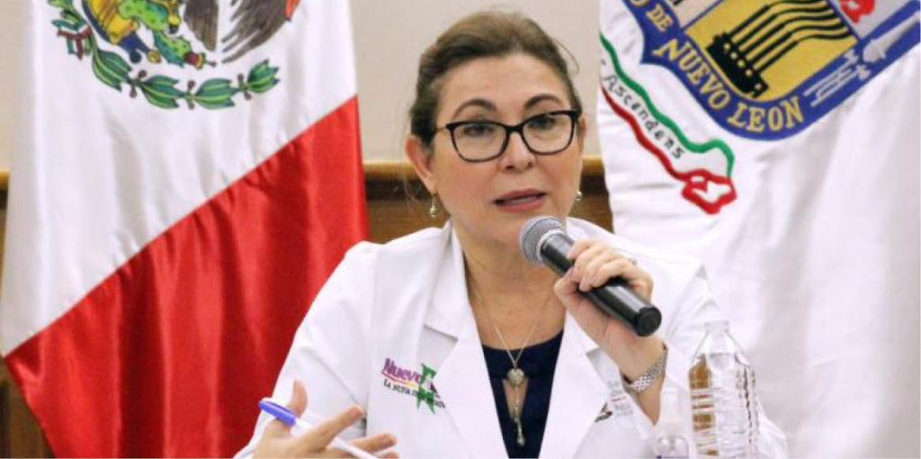 Consuelo Treviño reportó la cifra más baja de contagios en Nuevo León, pero critica a las autoridades de Salud.