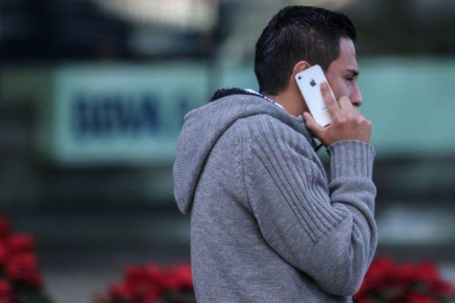 Juez concede suspensión provisional contra entrega de datos biométricos a usuarios de telefonía móvil