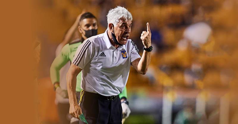 """Echarle la culpa al arbitraje después de esa derrota más que vergonzosa de Tigres, arrollado por el América, es simplemente """"hacerle al tío Lolo"""""""