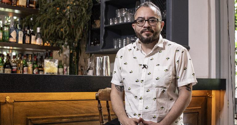 Arturo J. Flores descubrió con emoción que ser periodista era su misión