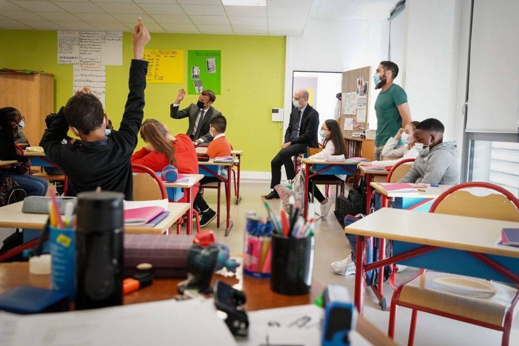 Francia rechaza incorporar lenguaje inclusivo en la educación porque perjudica el aprendizaje