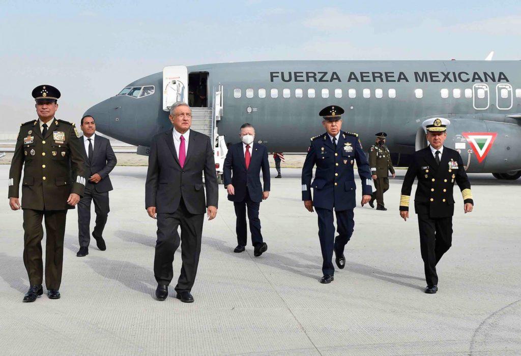 """AMLO minimiza degradación de calificación aérea de México: """"No es un asunto grave"""""""