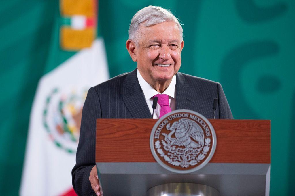 """""""La OEA es cosa de risa"""": AMLO minimiza denuncia de Adrián de la Garza en Washington"""