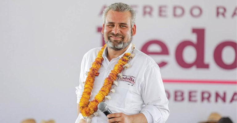 Alfredo Ramírez Bedolla, aspirante a la gubernatura por Morena