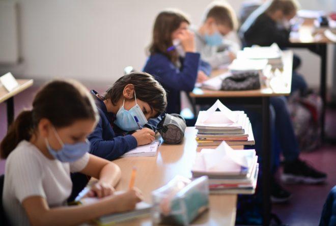 SEP confirma segundo caso de COVID tras regreso a clases en escuela de CDMX