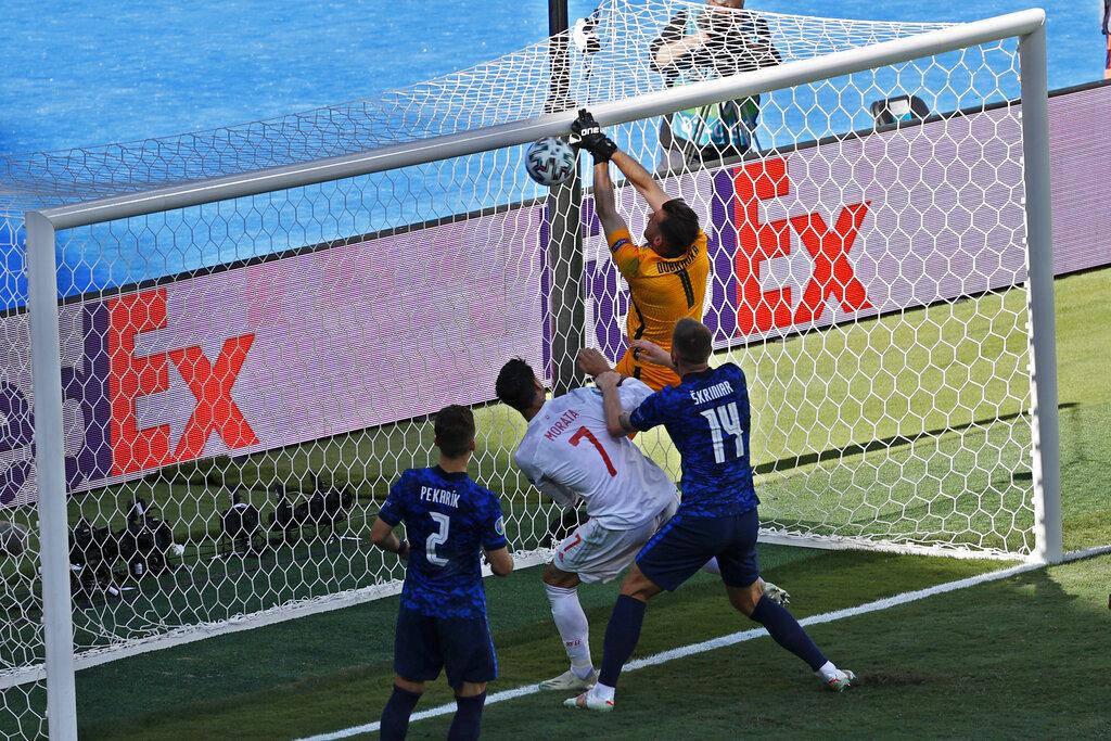 Golea España y avanza en la Eurocopa 2020