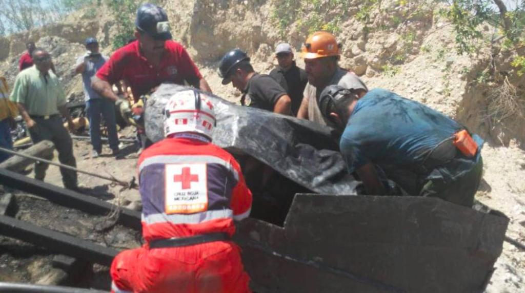 Se desploma mina en Múzquiz, Coahuila; hay 7 mineros atrapados