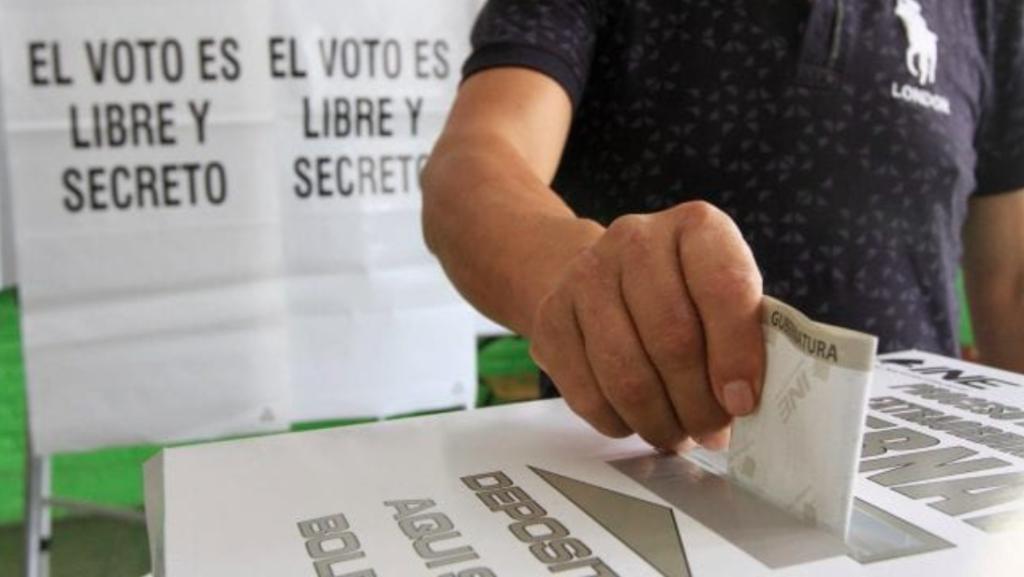 """""""Es tiempo de defender la democracia"""": observadores de la OEA y magistrados del TEPJF"""