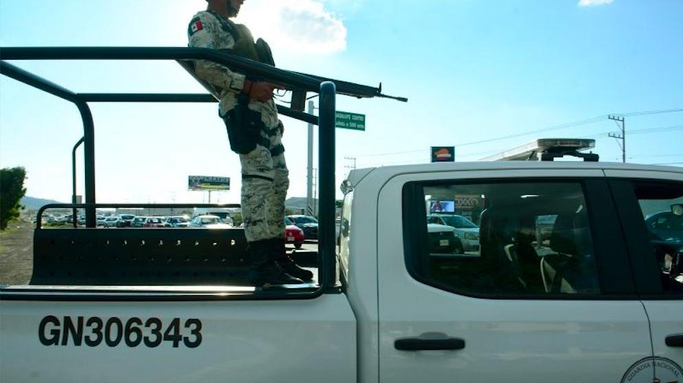 Alguien se armó hasta los dientes: roban dos tráilers cargados con balas en Guanajuato