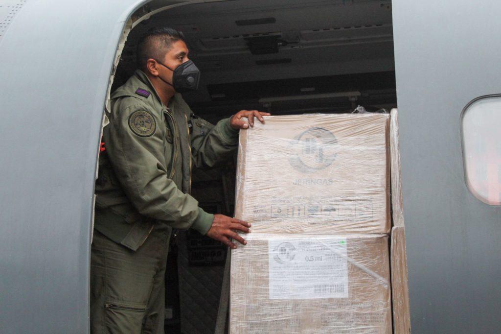 México dona 400 mil vacunas anti-COVID a Belice, Bolivia y Paraguay