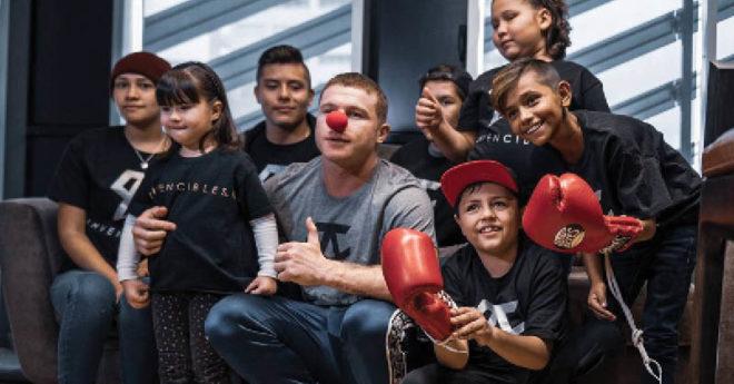 La nutrida donación monetaria del tapatío que sacudió las redes por primera vez, fue para la fundación Nariz Roja, que apoya a niños con cáncer