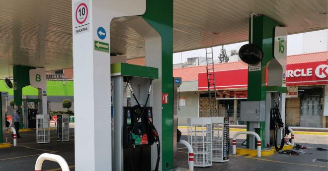 Los especialistas y participantes del sector de combustibles en México no pronostican que los precios de las gasolinas bajen