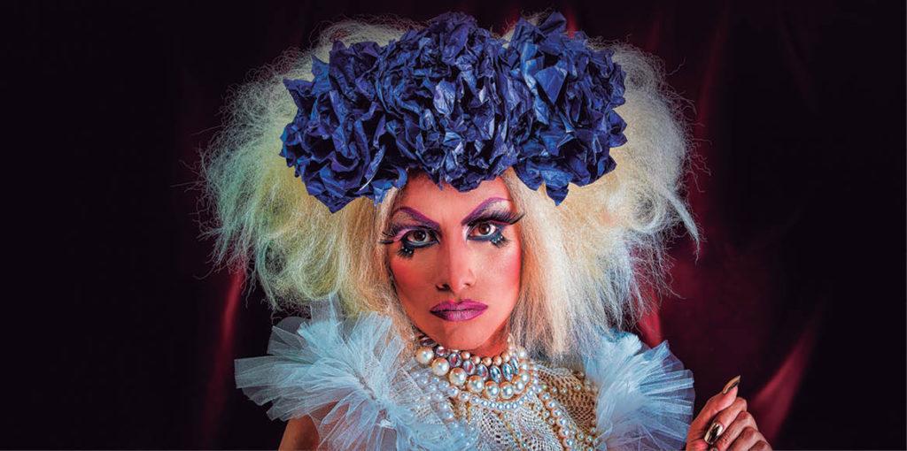 Con el objetivo de mostrar el coraje, talento y disciplina de los artistas drag