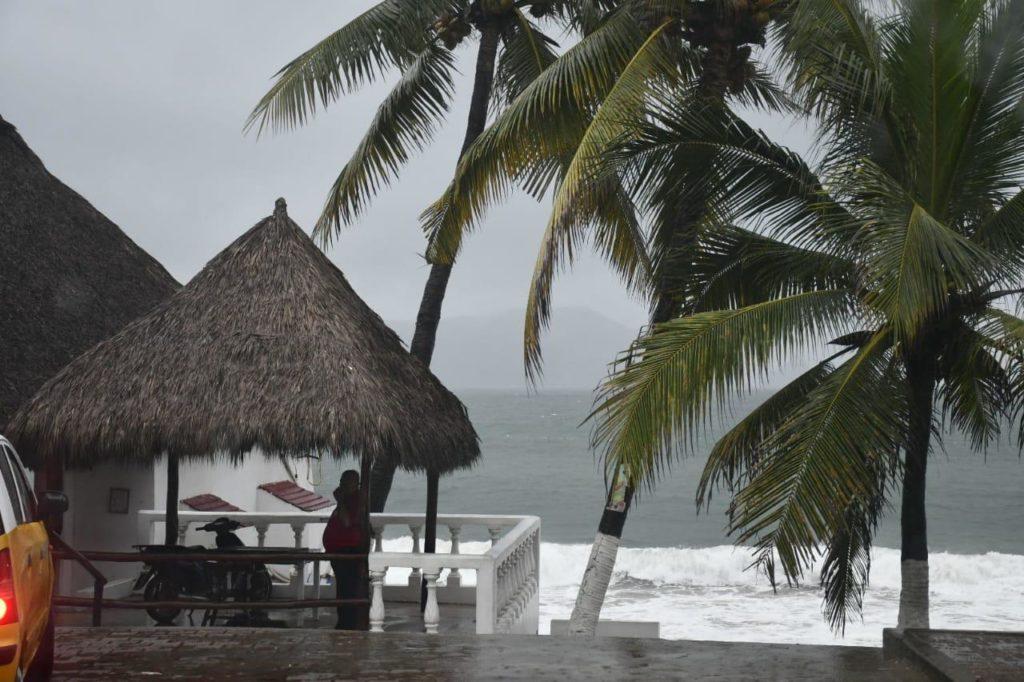 Tormenta tropical Dolores alcanza a Jalisco, Colima y Michoacán; se esperan lluvias extraordinarias
