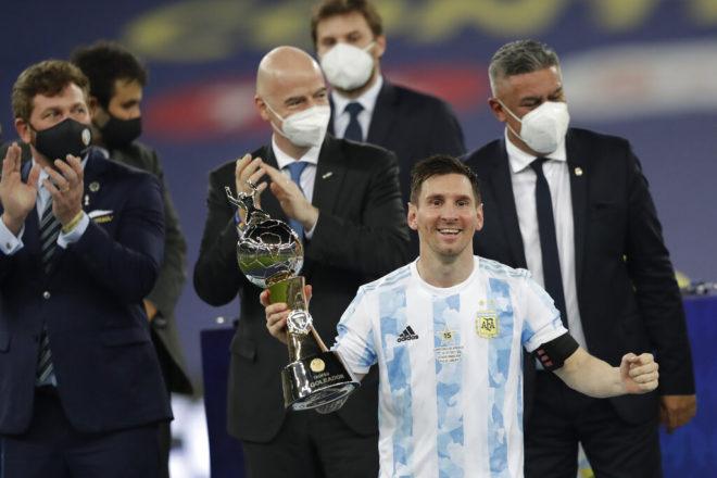 Messi renovaría por 5 años con el Barcelona; revelan principio de acuerdo