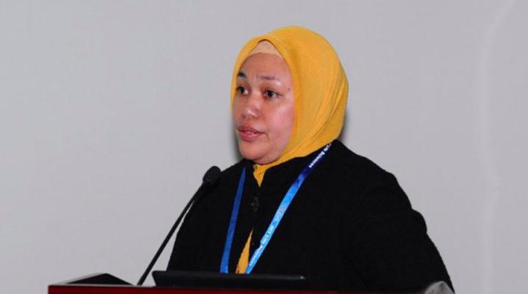 Muere presuntamente de COVID científica que dirigía pruebas de vacuna Sinovac en Indonesia