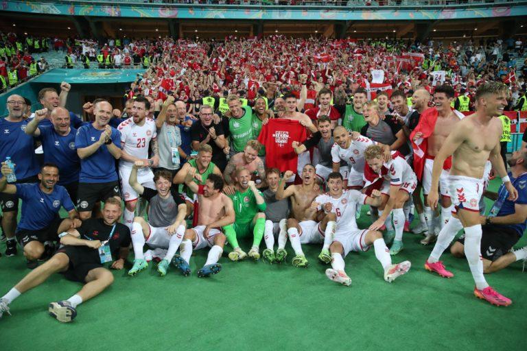 """Dinamarca sigue sorprendiendo; ya está en """"Semis"""" de la Eurocopa"""