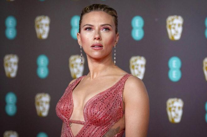 """Scarlett Johansson demanda a Disney por incumplimiento de contrato de """"Black Widow"""""""