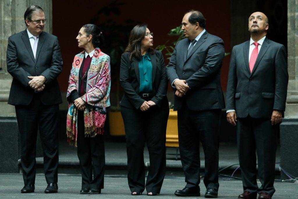 AMLO revela su lista de presidenciables en la mañanera, pero no menciona a Monreal (VIDEO)