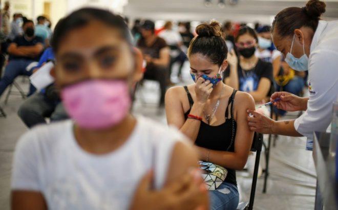 CDMX: próxima semana arranca vacunación a personas mayores de 18 años