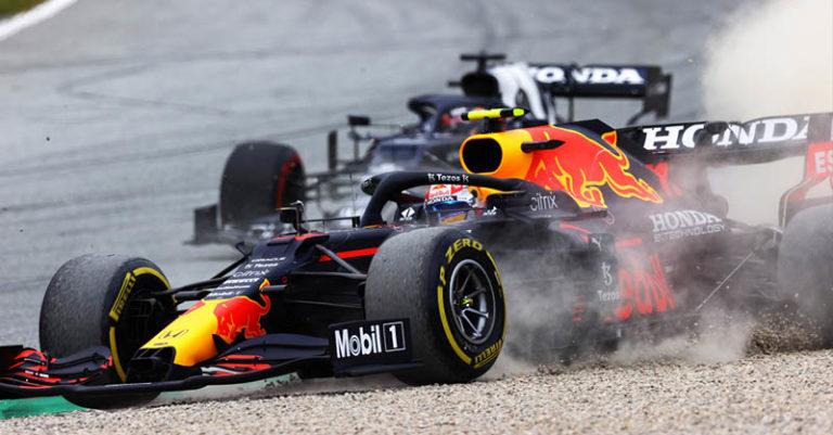 """Checo"""" Pérez tenía galleta con su Red Bull para pelearle al sorprendente Lando Norris y su McLaren, que ocupaba la segunda posición"""